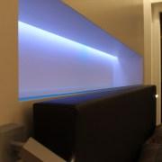 Detail Nischenausleuchtung mit farbigem RGB gesteuertes LED Licht